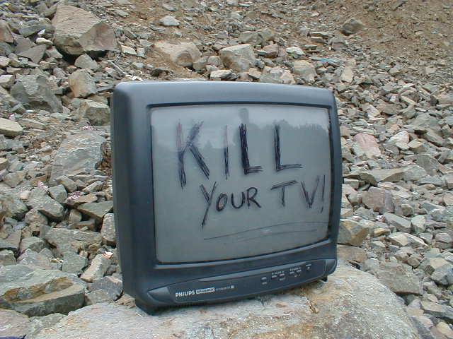 Κλείστε την τηλεόραση τώρα